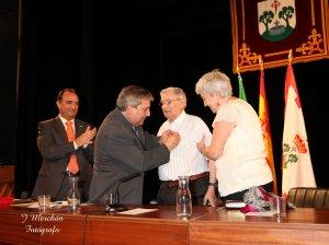 El doctor Manuel Freire Sande recibió la Granada de Oro en el 2012